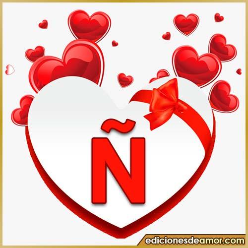 corazones volando con letra Ñ