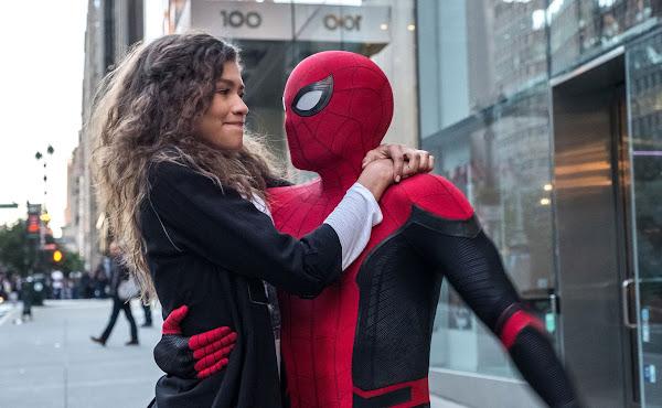 Tom Holland e Zendaya aparecem em vídeo dos bastidores de 'Homem-Aranha 3'
