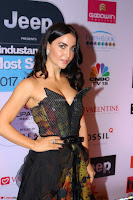 Elli Avram  (5) at The Hindustan Times Most Stylish Awards 2017 on March 24, 2017 in Mumbai.JPG