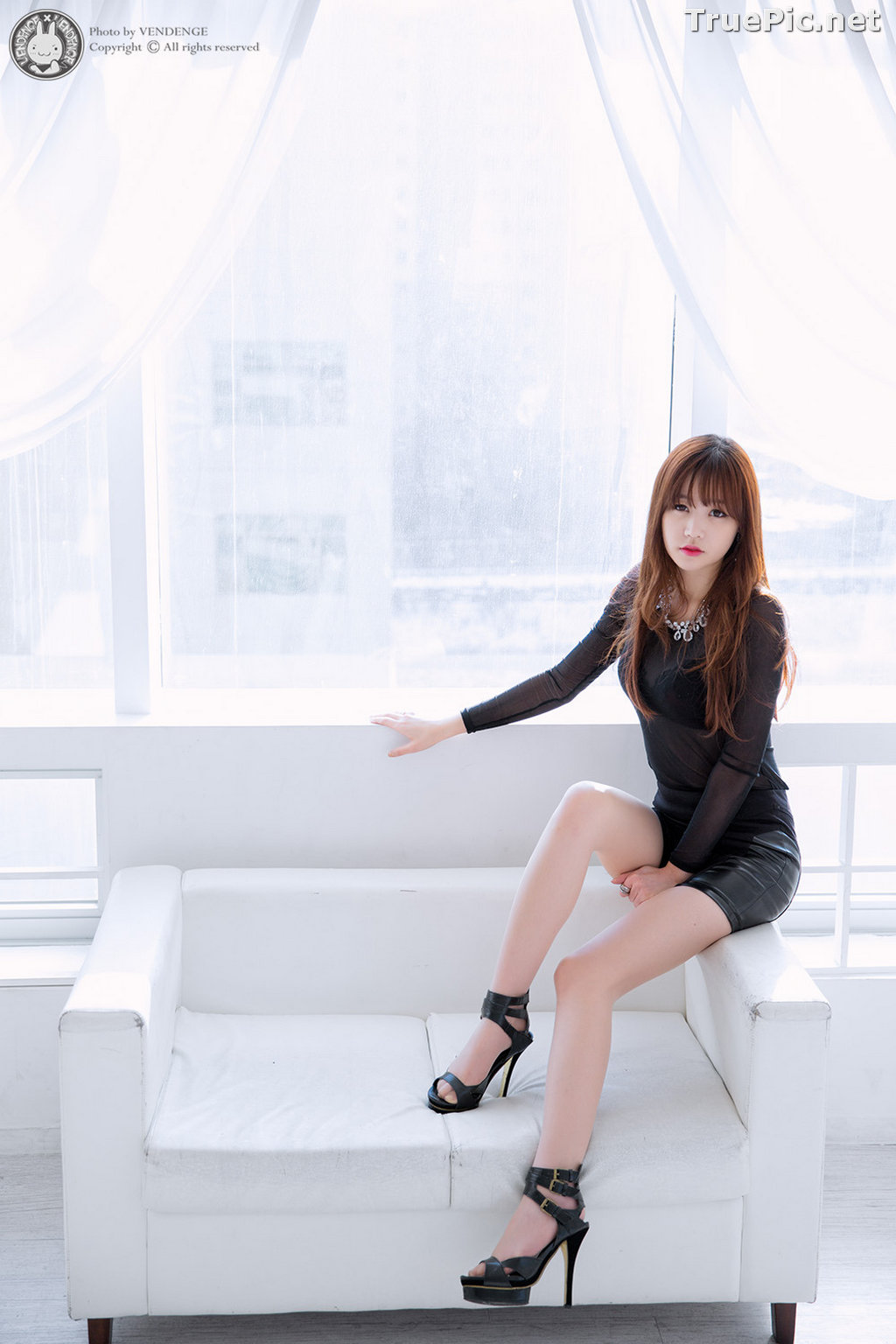 Image Korean Model - Hong Ji Yeon - Cute and Sexy In Studio - TruePic.net - Picture-6