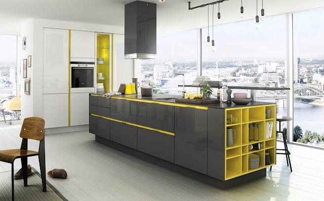 желто-серая кухня-остров
