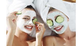 Perawatan wajah dengan sayuran dan bahan dari dapur