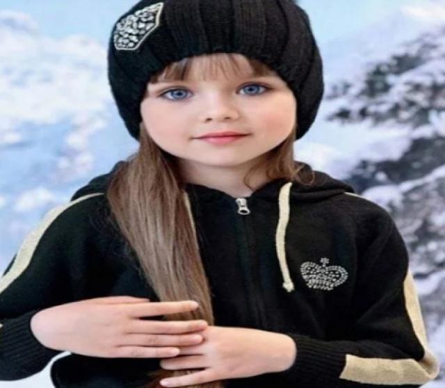 मिलिए दुनिया की सबसे खूबसूरत बच्ची से, मात्र इतने साल है उम्र