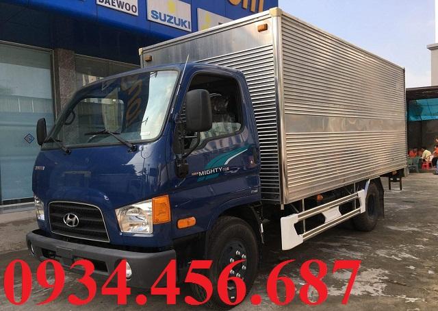 Xe tải Hyundai 7 tấn 110sp thùng kín
