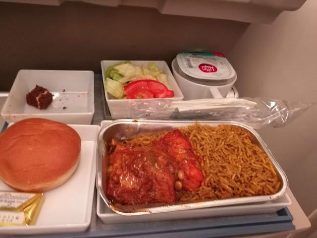 Makanan halal di Saudia Airlines