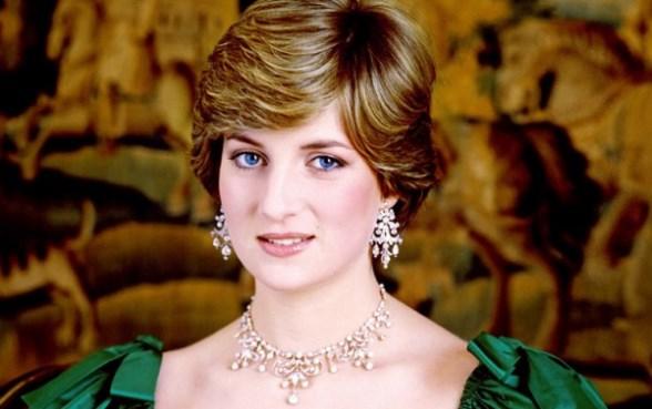 قبل أيام من ذكرى وفاتها صورة الأميرة ديانا تظهر في النفق الذي ماتت فيه.