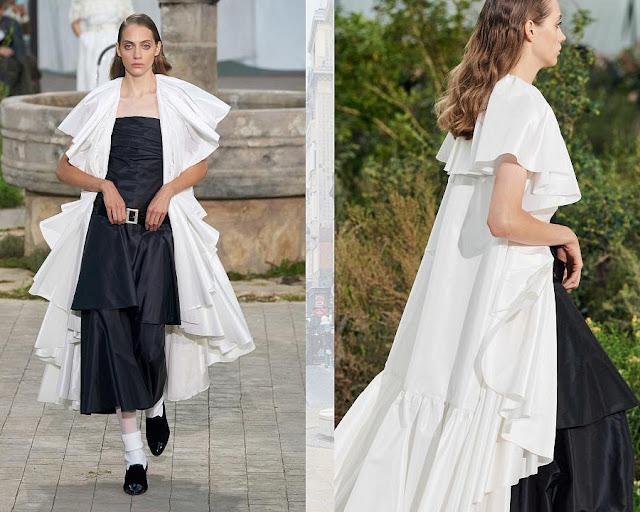 Chanel Couture весна лето 2020 7