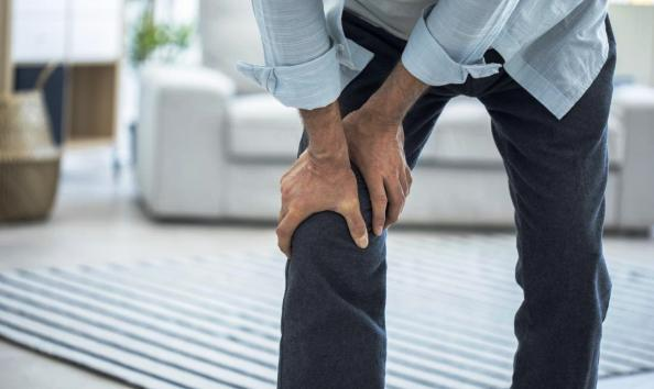 Common Causes of Knee Pain: Health Tip