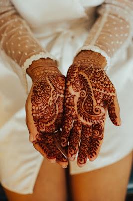 bride's henna detail