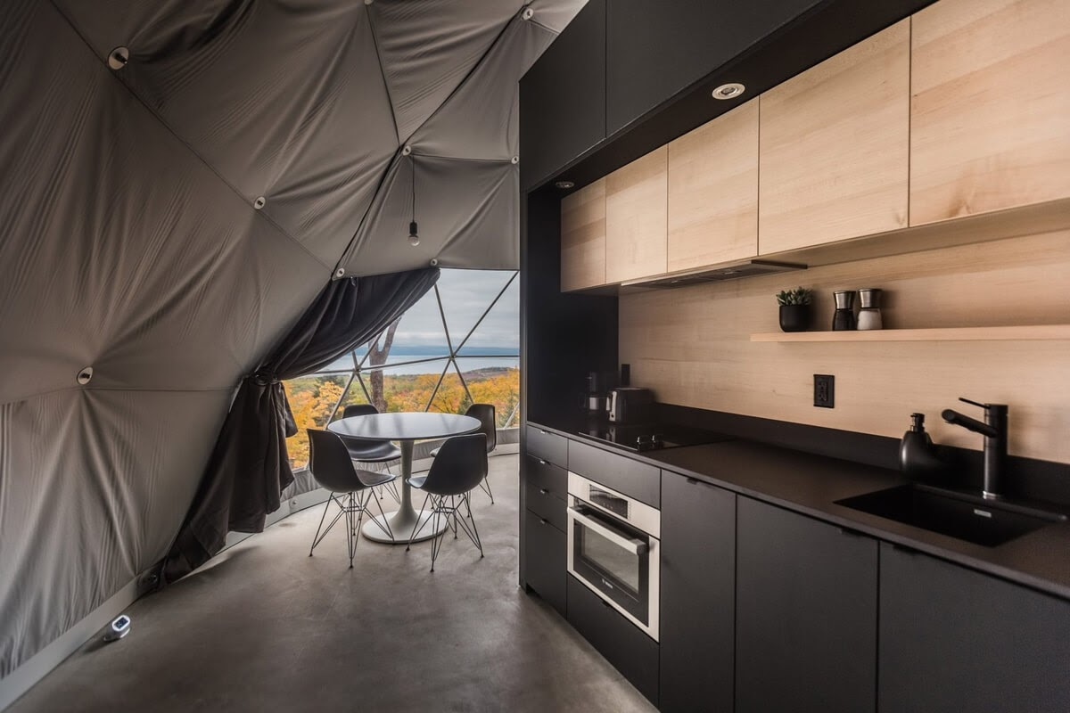 06-Kitchen-and-Dining-Area-Domes-Charlevoix-Eco-Friendly-Geodesic-Dome-Tourist-Accommodation-www-designstack-co