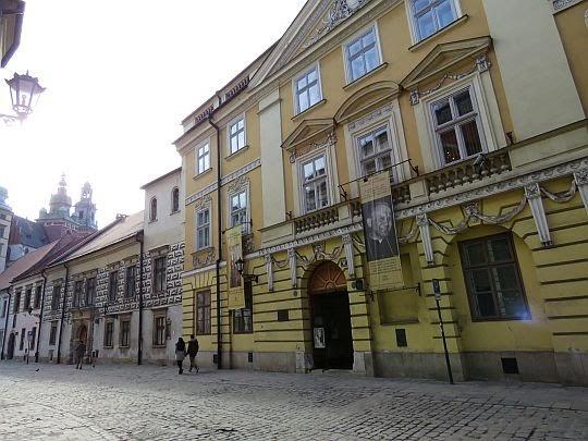 Ulica Kanonicza, domy nr 19 i 21.