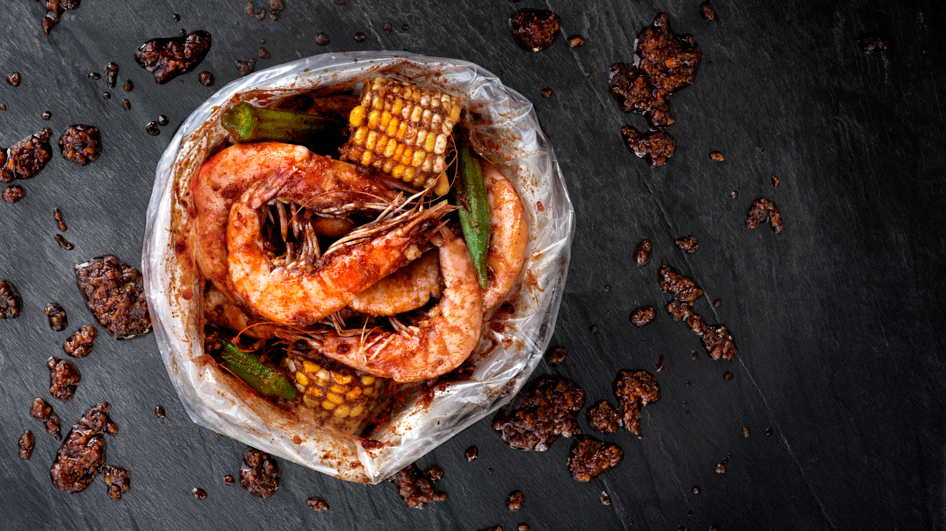 Down and Dirty with Seafood-in-a-Bag {Good Catch Boil House}
