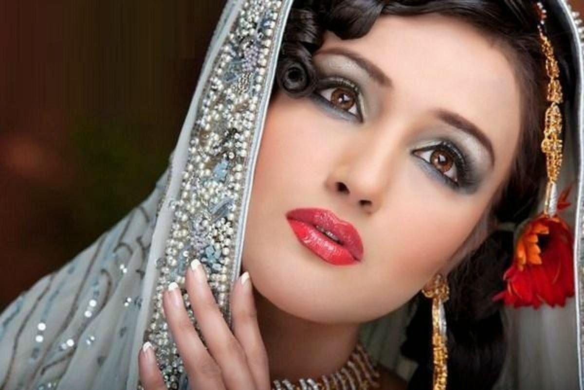 Girl Pakistani Wallpaper Hd Every Actress Wallpapers Zara Sheikh Wallpapers Free Download