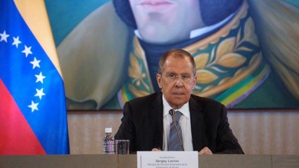 Lavrov: Los intentos por derrocar a la fuerza al Gobierno de Venezuela son inadmisibles
