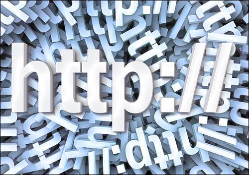 Apa sih nameserver itu? nameserver atau sering di disebut dengan NS adalah sebuah server khusus yang bertugas untuk mengelola domain kawan. Ada juga yang berpendapat bahwa Nameserver(NS) merupakan