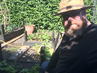 Disabled gardener, life on pig row