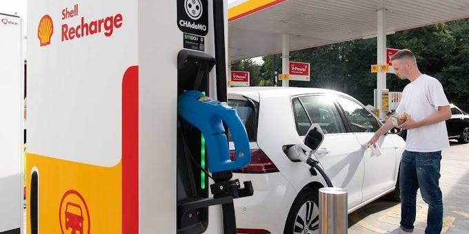 Petroleira Shell deve criar mais de 500.000 estações para recargar carros elétricos até 2025