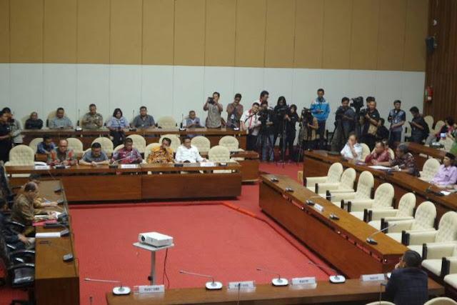 Guru Besar IPB: DPR Itu Wakil Rakyat, Bukan Wakil Koruptor