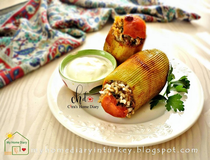 KIYMALI KABAK DOLMASI / TURKISH STUFFED ZUCCHINI | Çitra's Home Diary. #turkishfood #stuffedzucchini #stuffedpepper #mediterraneanfood #resepmasakanturtki #turkishfoodrecipe #dinnerrecipe