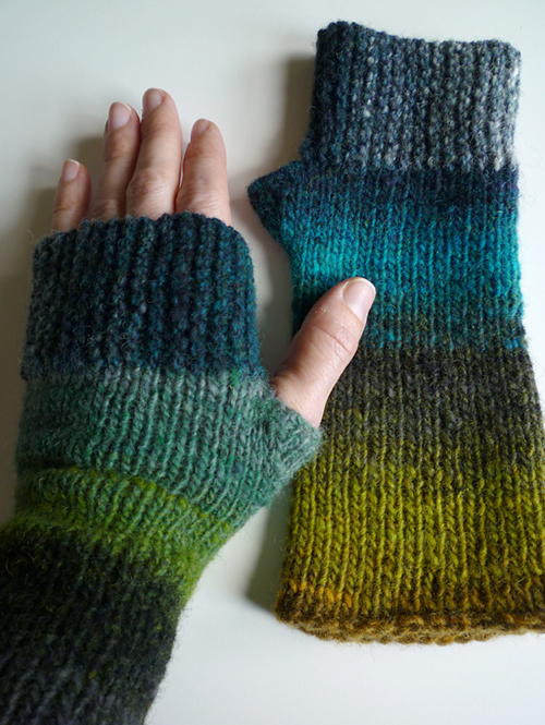 Camp Out Fingerless Mitts - Free Pattern