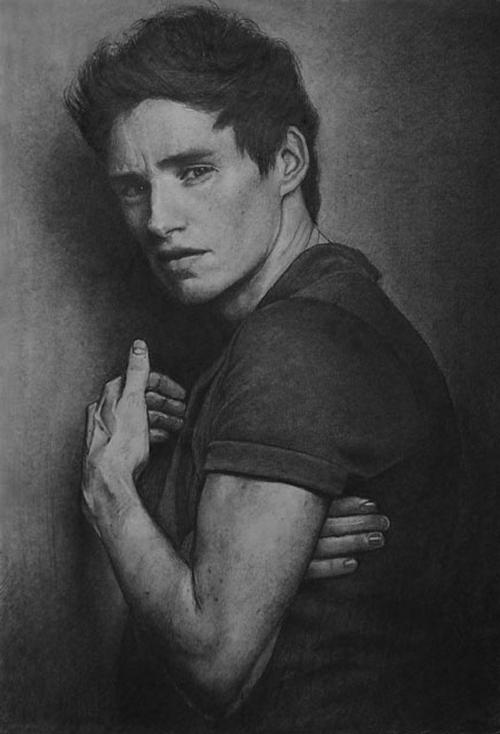 03-Eddie-Redmayne-ekota21-Very-Detailed-Celebrity-Portrait-Drawings-www-designstack-co