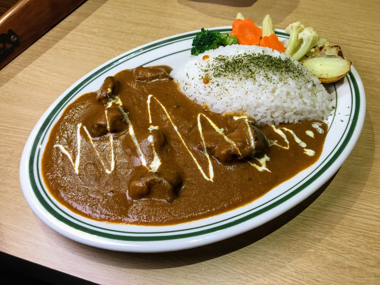 【台南|中西區】Hi!咖哩|燒烤×咖哩的美饌|咖哩與燒烤的合奏樂章