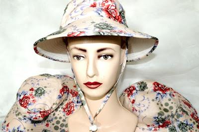 Topi Bucket Floral Krem