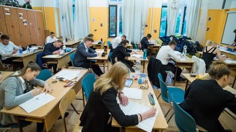 Oktatóvideókkal segíti az érettségizőket a Magyarságkutató Intézet