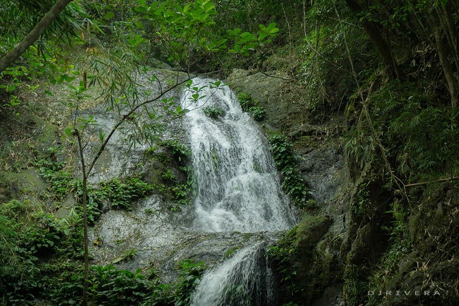 Water cascade of Nagtatagong Paraiso Falls