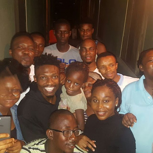 Big Brother Nigeria Winner, Efe Pays A Surprise Visit To His Former Neighbours In Lagos - Exlink Lodge - Nigeria Entertainment, Politics & Celebrity News