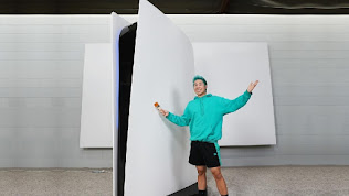 YouTuber Paid $70,000 for a 10-Foot High Functioning PS5