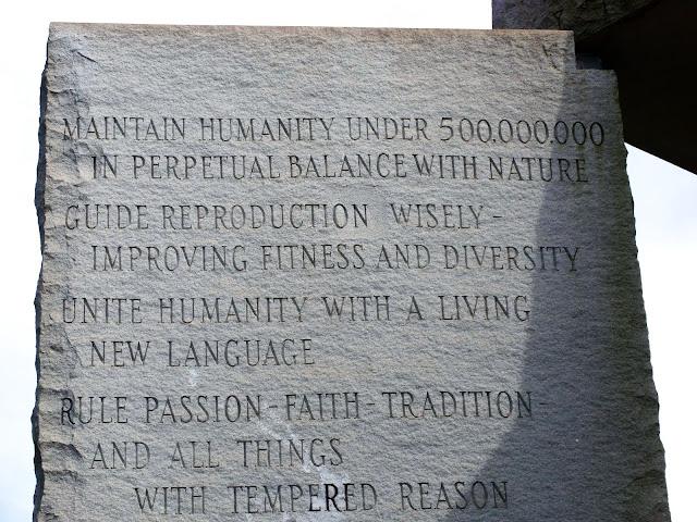 Sn852574 American Stonehenge - Monumentul Din Georgia Si Noua Ordine Mondiala