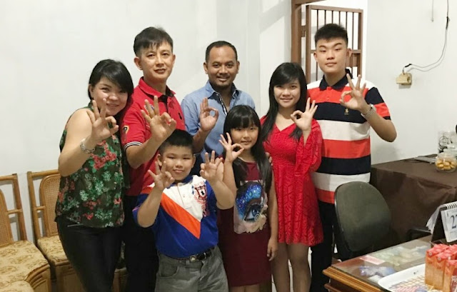 Imlek, Ome Silaturahim ke Warga Keturunan Tionghoa di Palopo