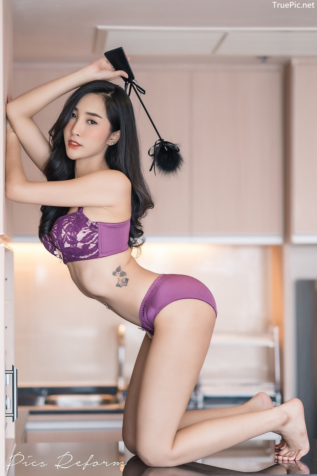 Image-Thailand-Sexy-Model-Yanapat-Ukkararujipat-Violet-Girl-TruePic.net- Picture-7