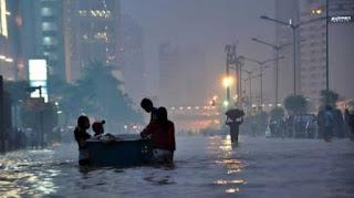Banjir Jakarta, Pemerintah Didesak Segera Evaluasi IMB dan Proyek Reklamasi