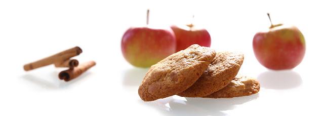 https://le-mercredi-c-est-patisserie.blogspot.com/2015/09/cookies-aux-pommes-caramelisees-et-la.html