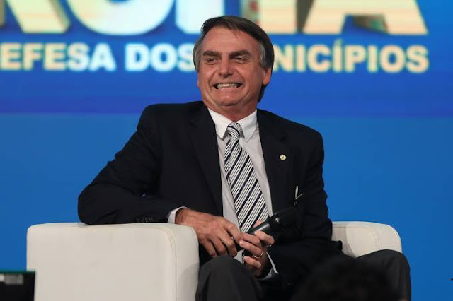 STF rejeita denúncia contra Bolsonaro por racismo