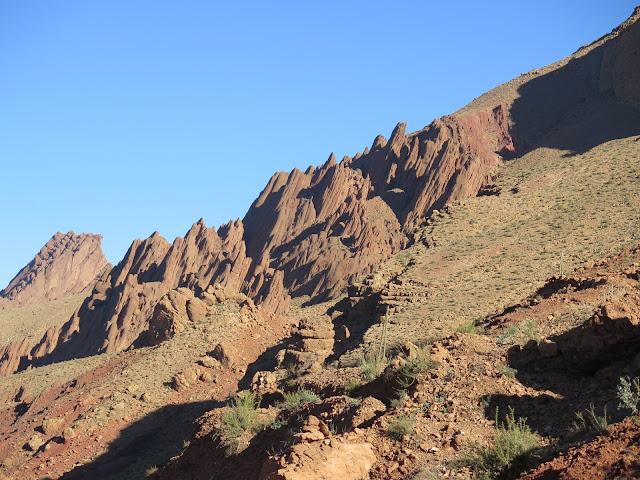 Formaciones geológicas en el Valle del Dadès causadas por la erosión