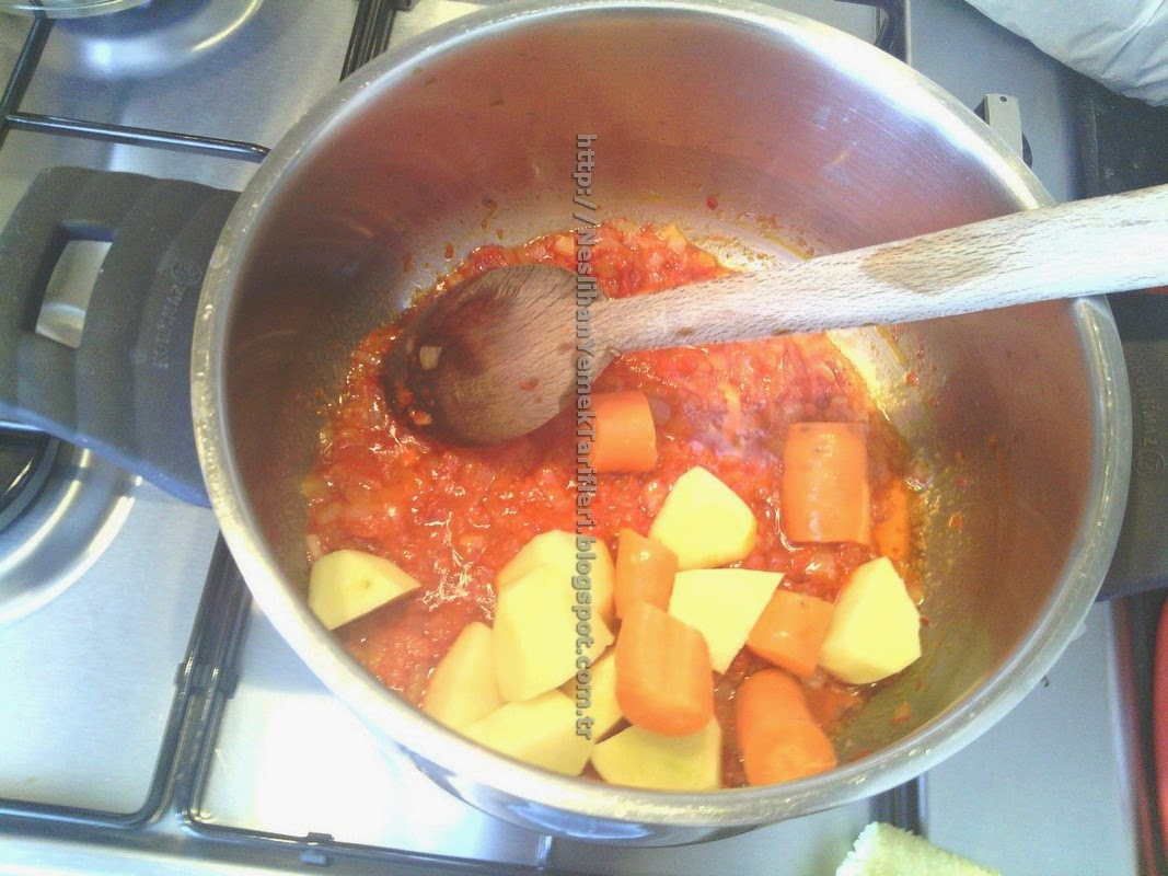 Mercimek Çorbası (Patatesli)
