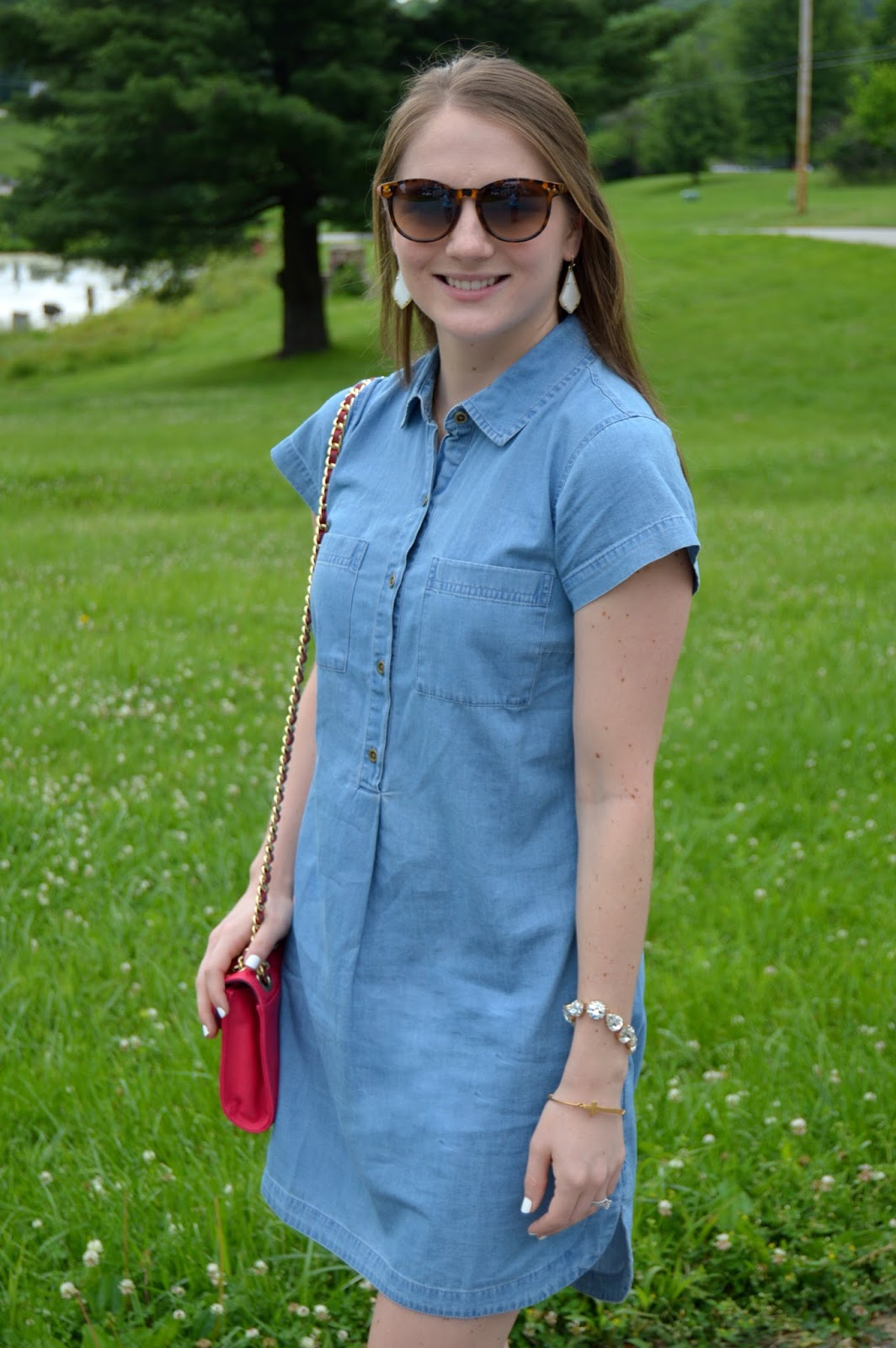 what to wear with a chambray dress | white kendra scott alex earrings | pink crossbody purse | summer outfit ideas | what to wear this summer | how to style a chambray dress | what looks good with a chambray dress | summer looks | cute outfits for summer | a memory of us