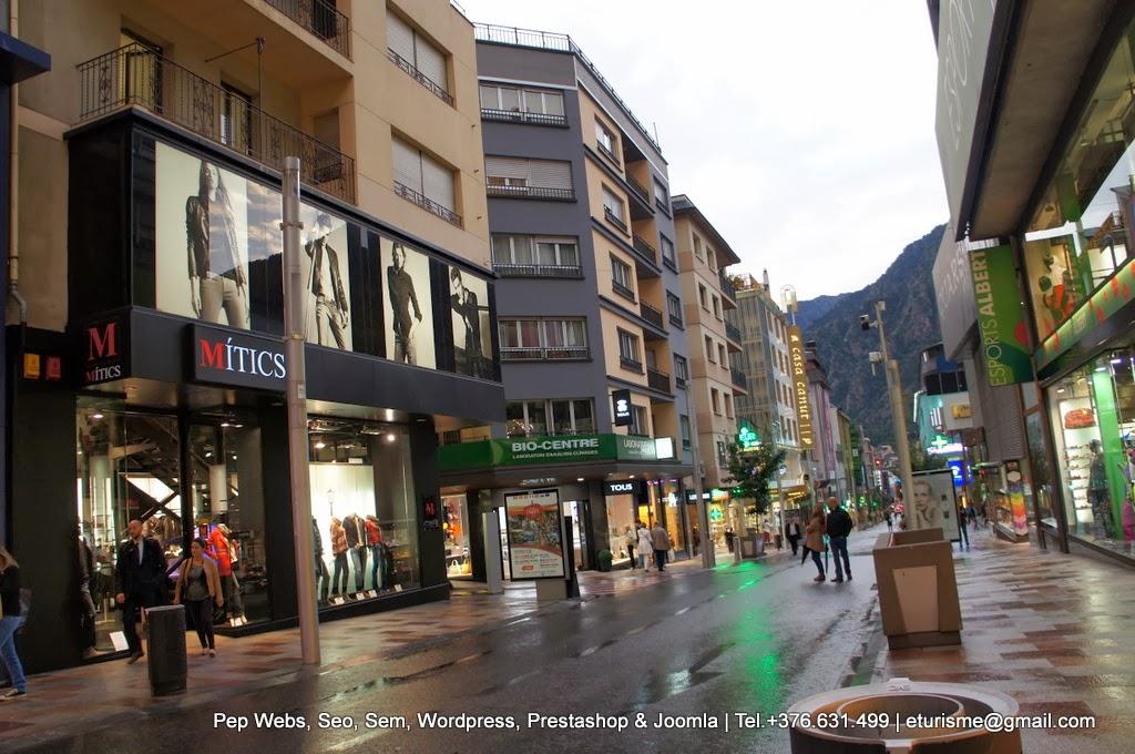 4ea6149365 Andorra ha preparado para ti un montón de actividades de shopping ...