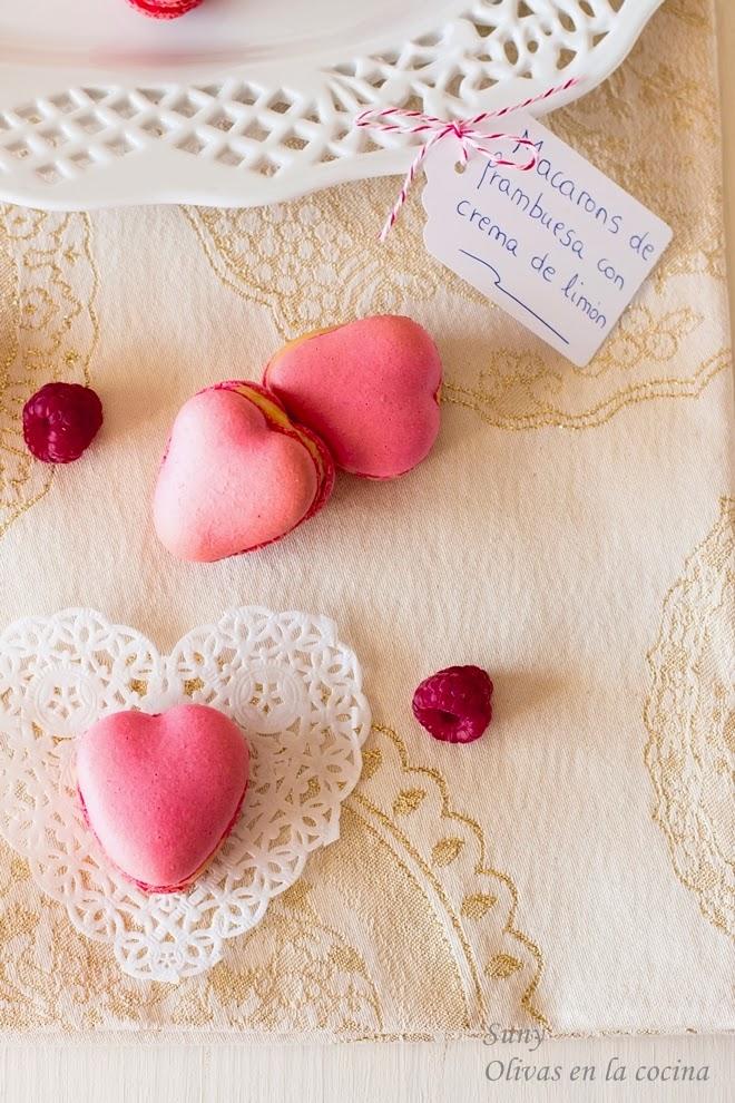 Macarons de frambuesa con crema de limón