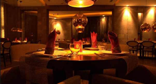 افضل مطعم بالرياض رومنسي يقصده العشاق الحبيبين والازواج مطعم رائع