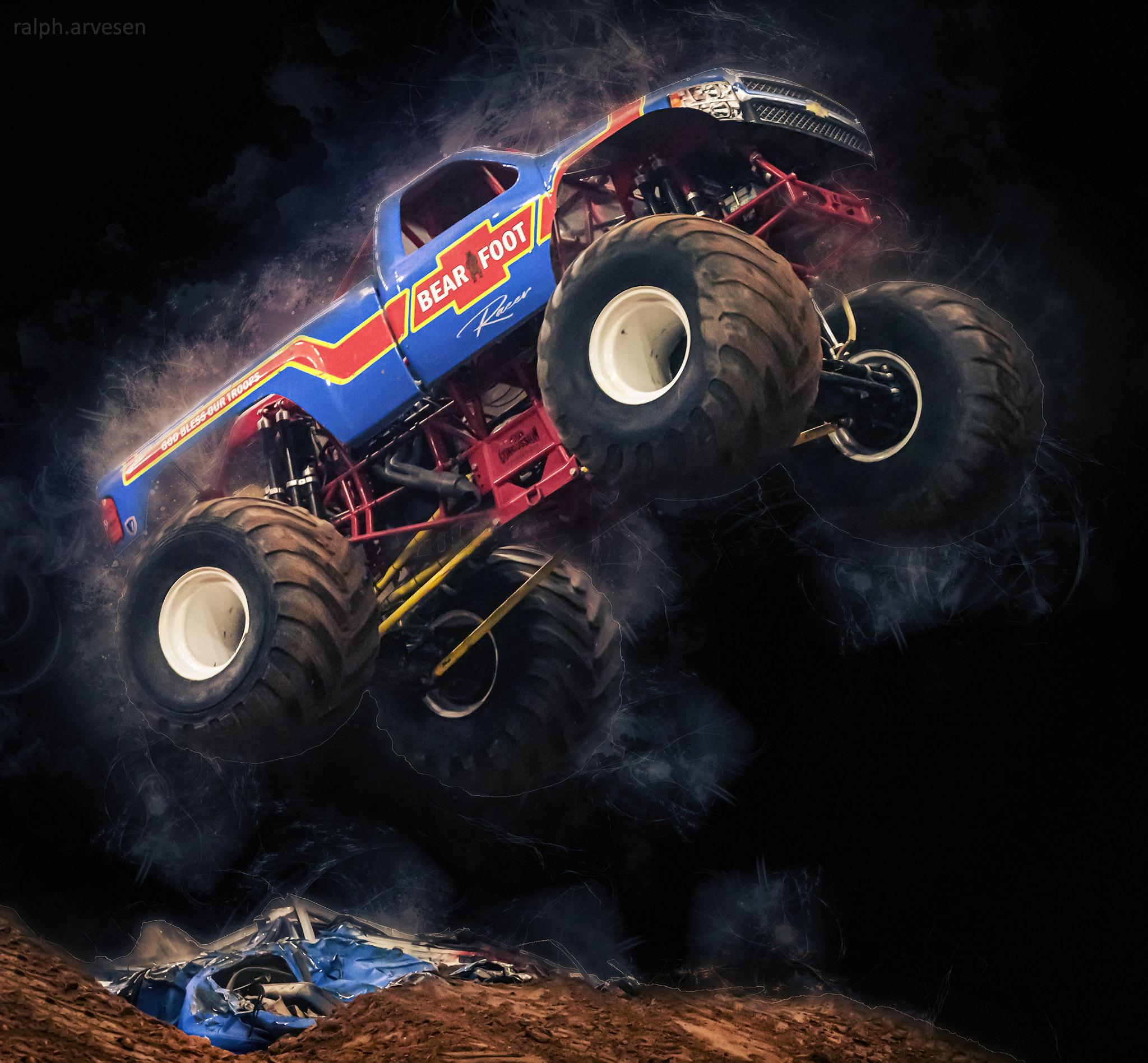 No Limits Monster Trucks   Texas Review   Ralph Arvesen