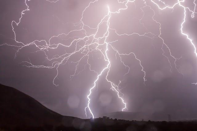 ΗΠΕΙΡΟΣ: Ισχυρές βροχές και καταιγίδες από την Τρίτη - Θυελλώδεις νοτιάδες στο Ιόνιο
