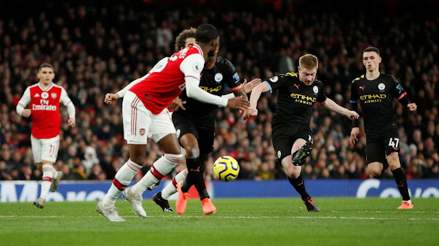 Kevin De Bruyne in action as he scores twice for Man City against Arsenal at the Emirates