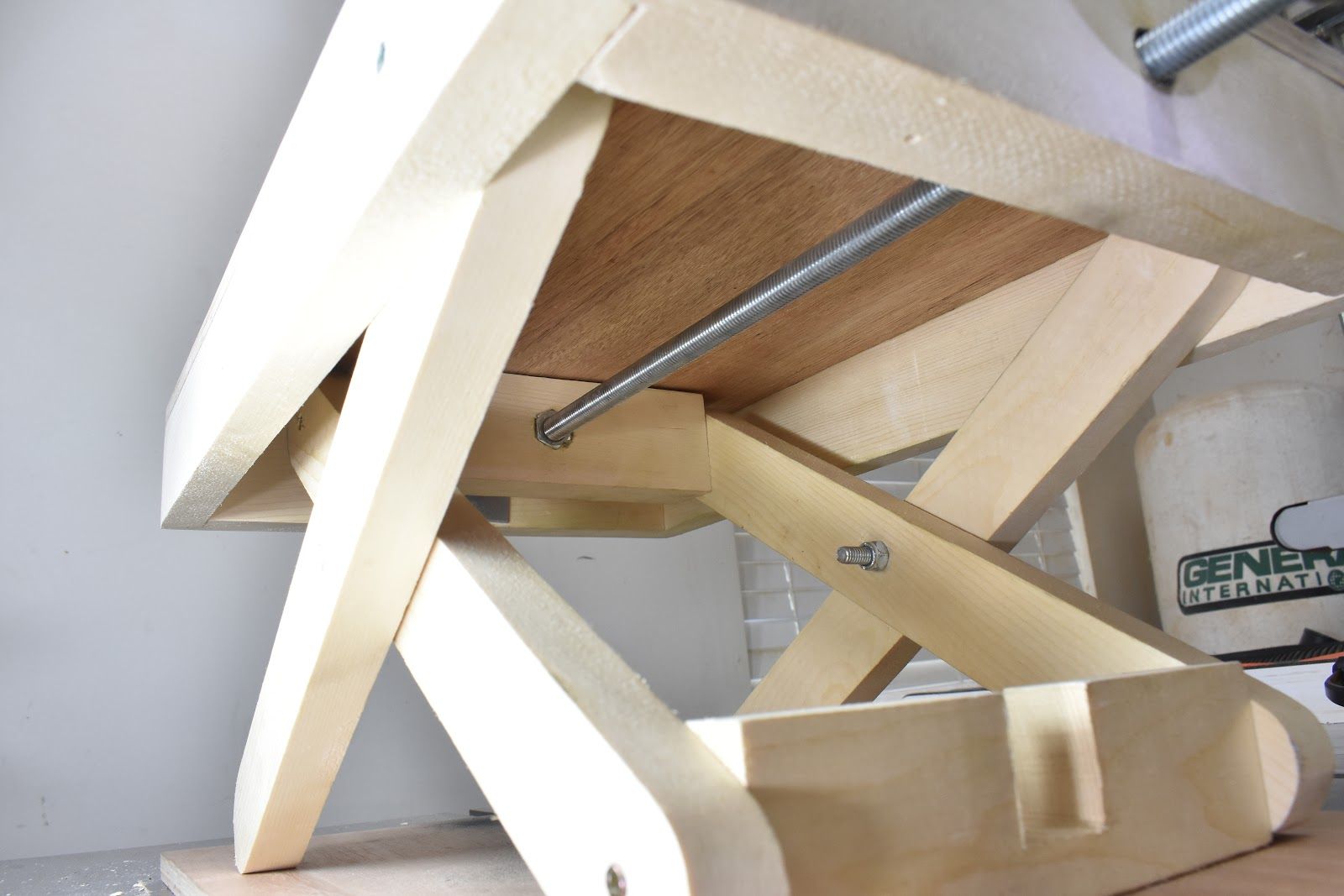 Jax Design How To Make A Scissor Lift Table
