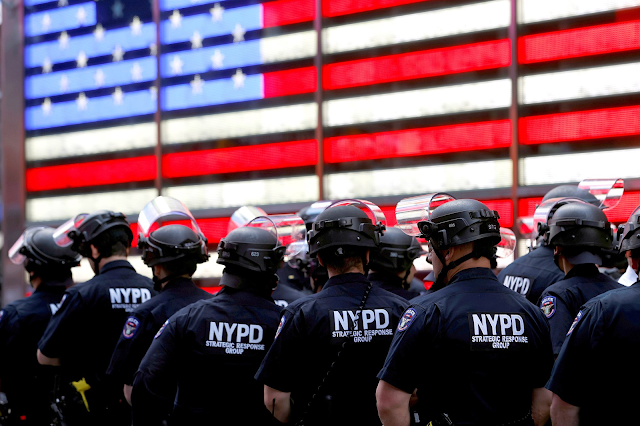 NYPD officer charged with soliciting pornography from at least 46 teens