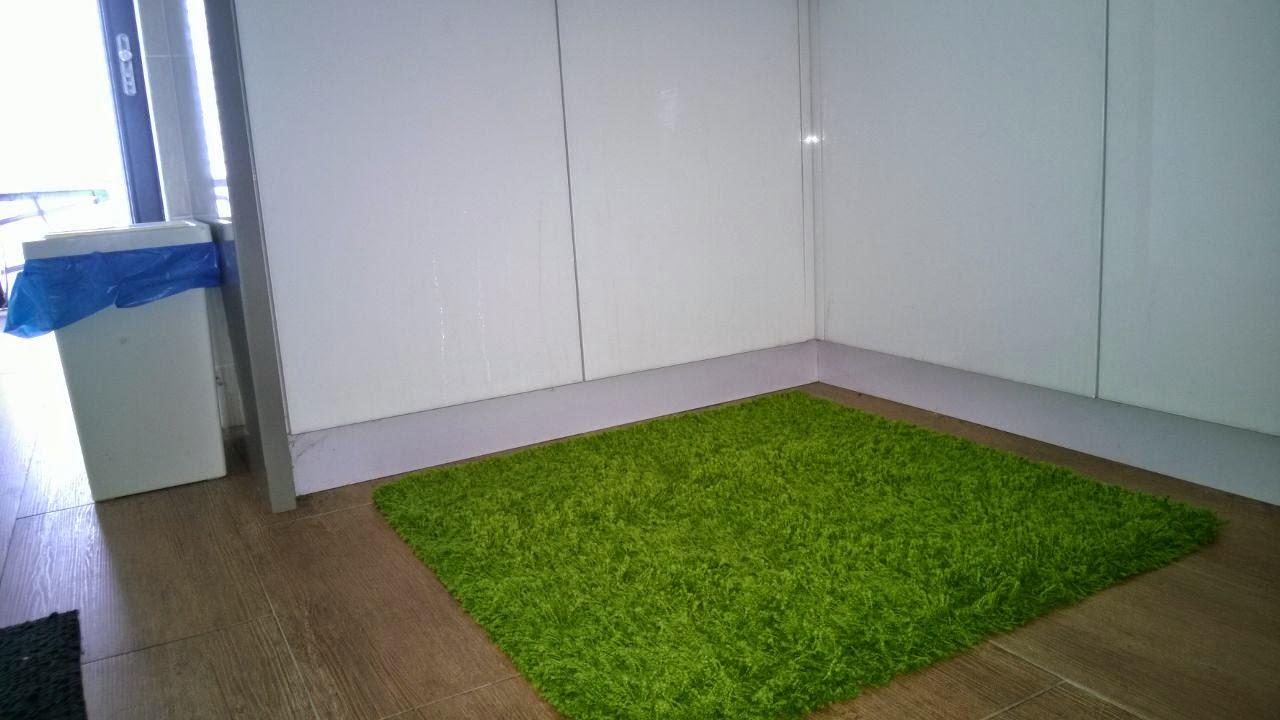 Buang Alas Kaki Yang Lama Sebab Da Teruk Sangat Guna Baru Mcam Rumput Karpet Dah Hihihi
