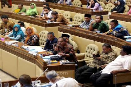 Bacalah! Himbauan untuk Honorer K2 dari Komisi II di Parlemen